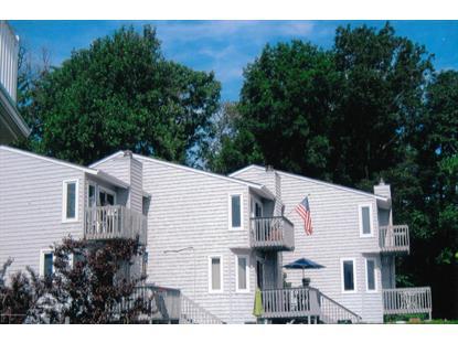 3 Ralph St, Highlands, NJ 07732