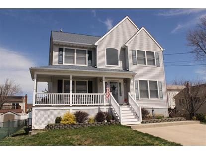 85 Monmouth Ave, North Middletown, NJ 07748