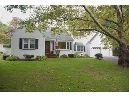 2 Maple Ln, Middletown, NJ 07748