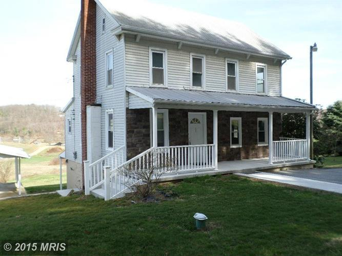 4423 FALLS RD, Manchester, MD