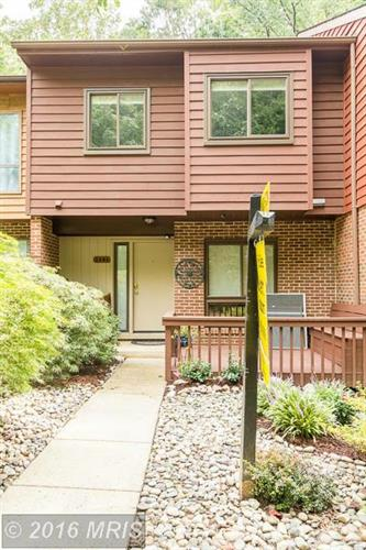 2281 CHESTNUT BURR CT, Reston, VA 20191