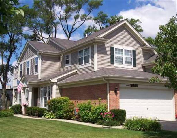 250 Blue Spruce Ln, Glendale Heights, IL 60139