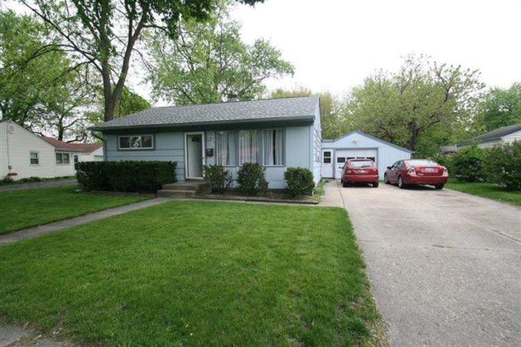 209 N Buell Ave, Aurora, IL 60506