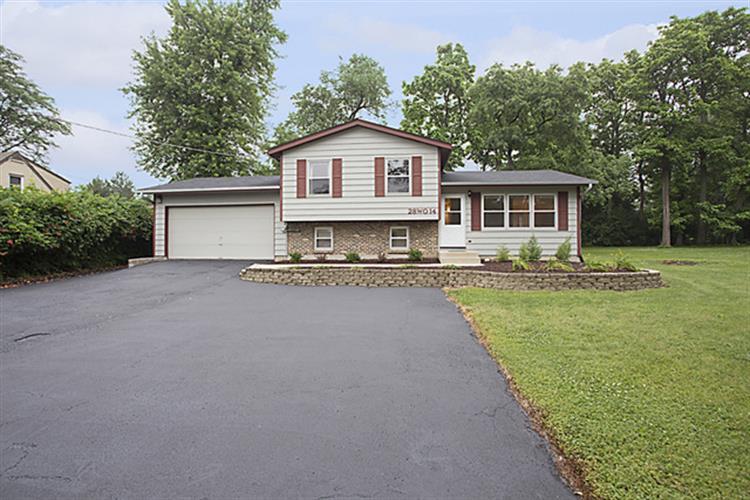 28W014 Warrenville Rd, Warrenville, IL 60555