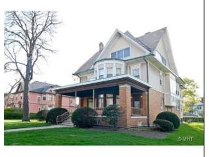 225-233 N Ridgeland Avenue, Oak Park, IL