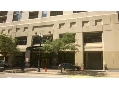 200 N Dearborn St, Chicago, IL 60601