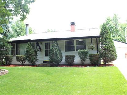 6037 Hampton Drive Carpentersville, IL MLS# 08969365