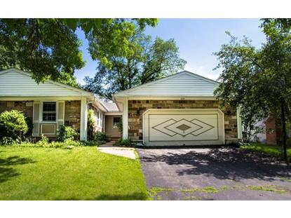 1835 Portsmouth Lane Schaumburg, IL MLS# 08981745