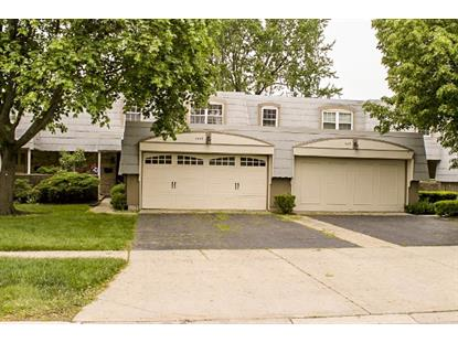 666 CHELMSFORD Lane Elk Grove Village, IL MLS# 09018154