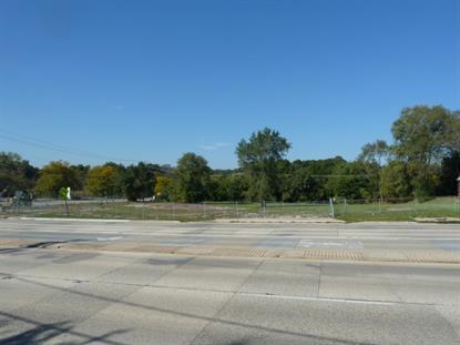 2 N BARTLETT Road Streamwood, IL MLS# 09024170