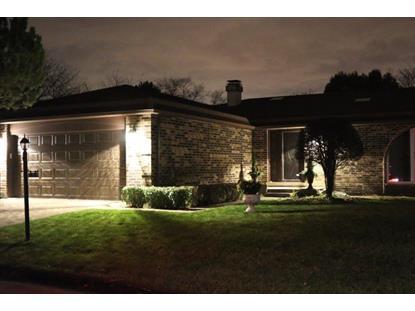 150 Arrowwood Drive Northbrook, IL MLS# 09085672