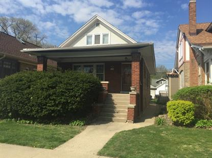 1025 S GROVE Avenue Oak Park, IL MLS# 09210562