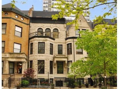 33 E Division Street Chicago, IL MLS# 09246470