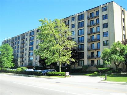 4601 W Touhy Avenue Lincolnwood, IL MLS# 09266463