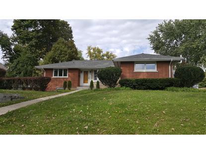 768 S Prairie Avenue Barrington, IL 60010 MLS# 09368406