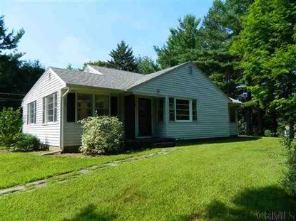 2 INGLEWOOD RD , East Greenbush, NY