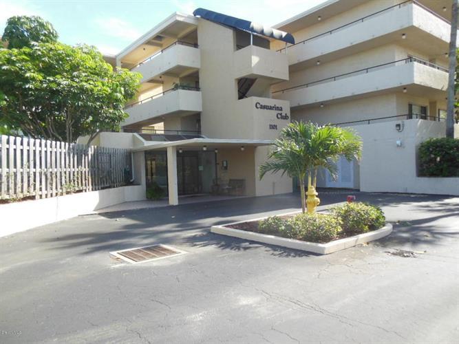 1101 S Miramar Avenue, Indialantic, FL 32903