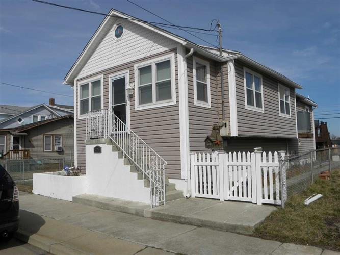 405 W Juniper Ave, Wildwood, NJ 08260