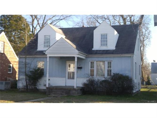 315 Moorman Ave, Colonial Heights, VA 23834