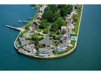 261 Dolphin Cove Quay Stamford, CT MLS# 92952