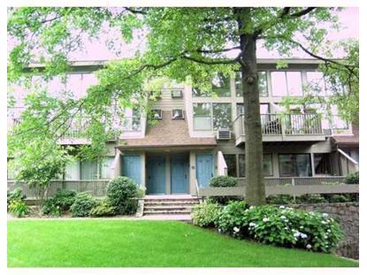 Old greenwich ct condos for sale for Greenwich townhomes for sale