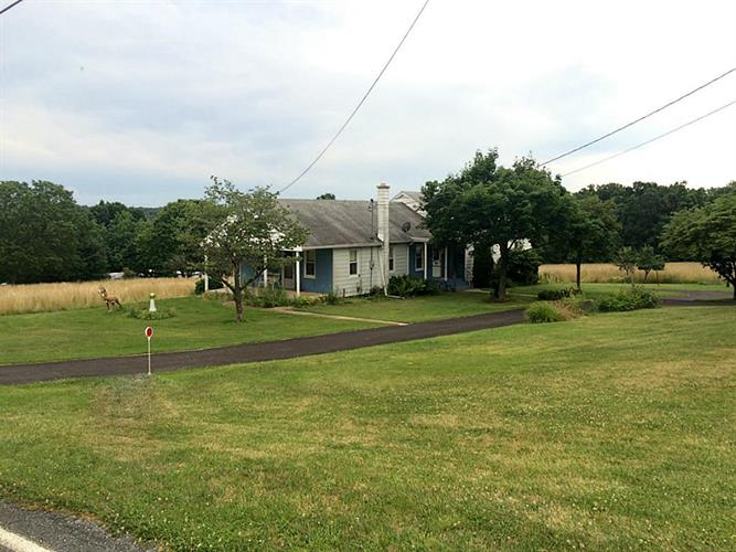 530 mt airy lewisberry pa 17339 mls 9845847