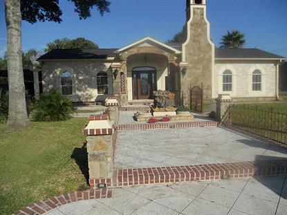 701 East West St.  El Campo, TX MLS# 15367544
