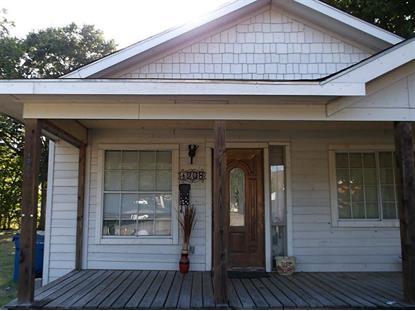 1208 4th St, Rosenberg, TX 77471