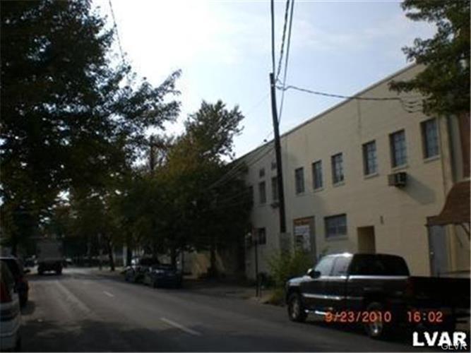 943 West Chew Street, Allentown, PA 18102