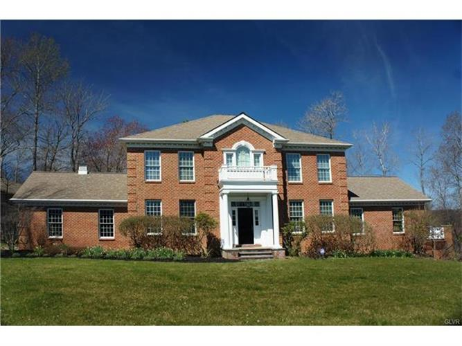 110 Mountain View Place, East Stroudsburg, PA 18302