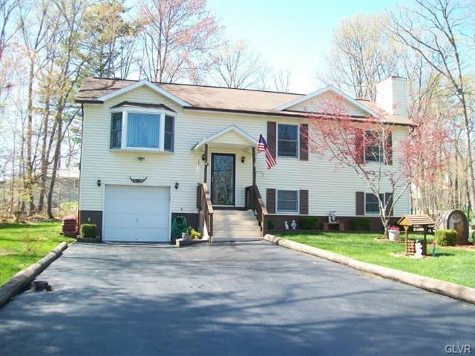 2238 White Oak Drive, East Stroudsburg, PA 18301
