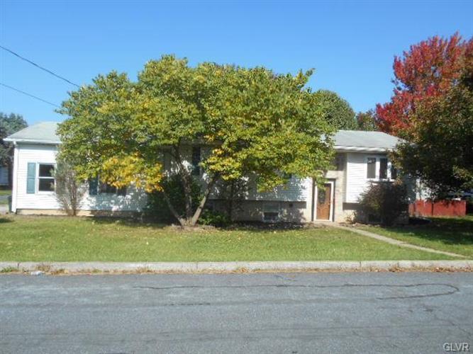 732 Grove St, Catasauqua, PA 18032
