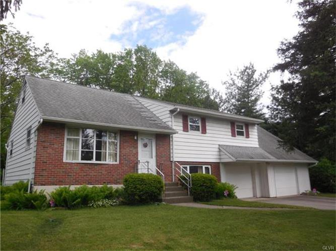 1425 Statten Avenue, Hanover Twp, PA - USA (photo 1)