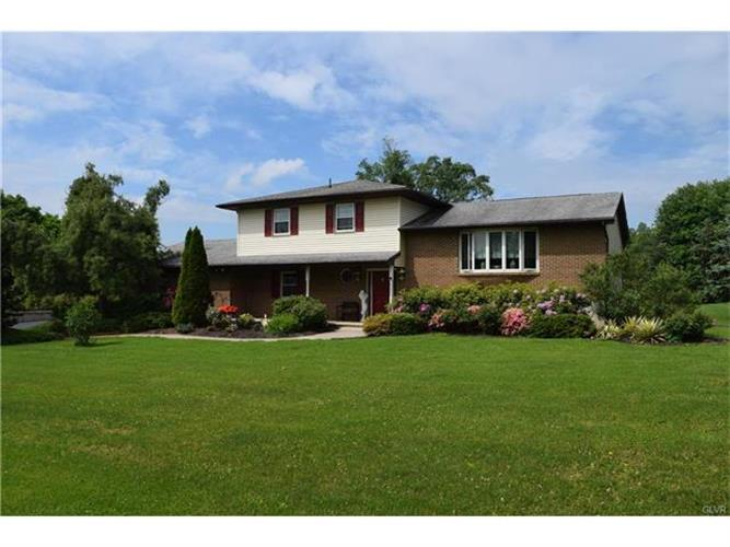 35 Flafair Drive, Williams Twp, PA - USA (photo 1)