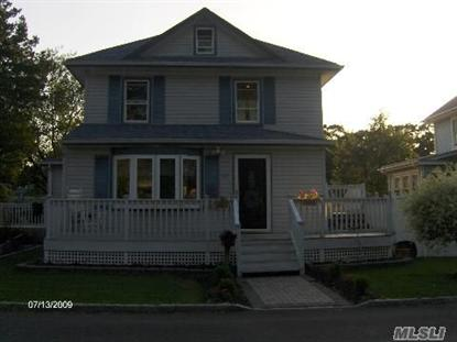 22 Brown St, West Babylon, NY