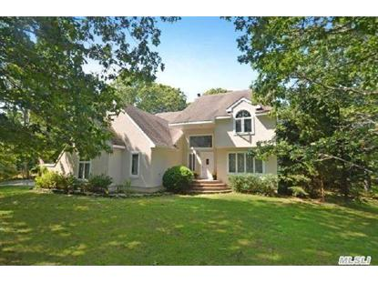 27 Bay Woods Dr Hampton Bays, NY MLS# 2610183