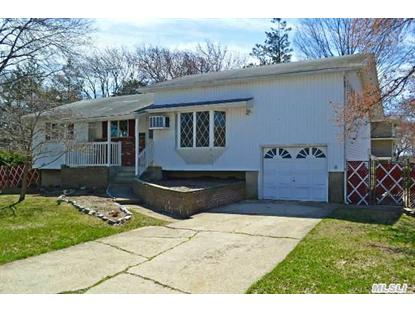 28 Hughes Ln North Babylon, NY MLS# 2628355