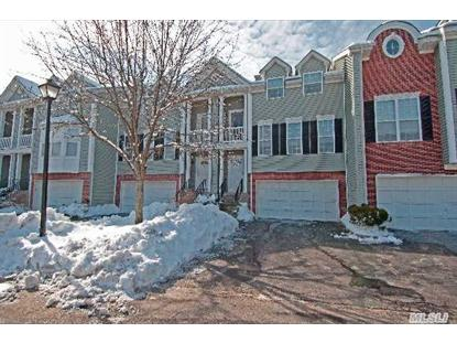 127 Paddington Cir Smithtown, NY MLS# 2645857