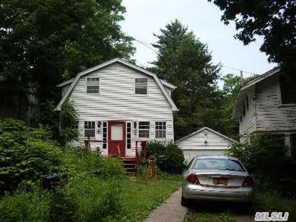 30 Knoll Top Rd Stony Brook, NY MLS# 2655649