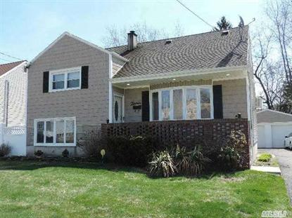 13 Earl St North Babylon, NY MLS# 2664376