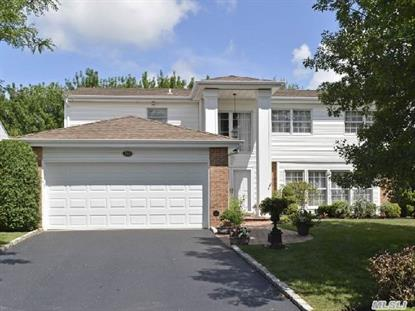 152 Country Club Dr Commack, NY MLS# 2668790
