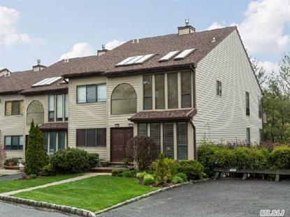 1 The Circle Glen Head, NY MLS# 2669504