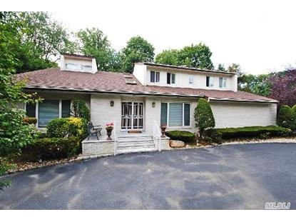 2 Woodland Ct Roslyn, NY MLS# 2669983