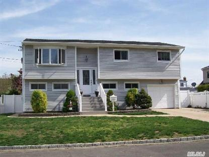 801 Peconic Ave West Babylon, NY MLS# 2670552