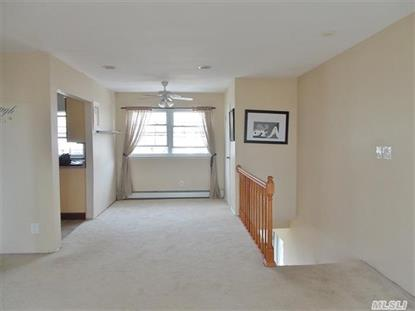 219 Towne House Vil Dr Hauppauge, NY MLS# 2671167