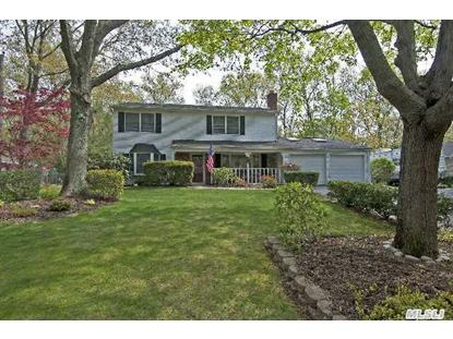 22 Blueberry Ln Stony Brook, NY MLS# 2672111