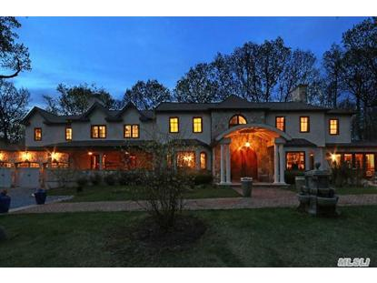 28 Laurel Cove Rd, Oyster Bay Cove, NY