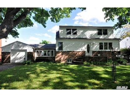 1030 12th St West Babylon, NY MLS# 2681696