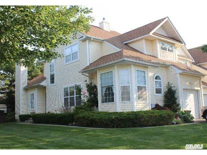 130 Cinnamon Ct Melville, NY MLS# 2684291