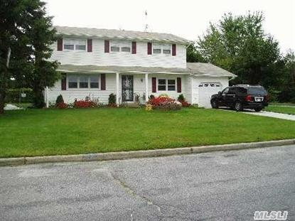 2 Denise Dr East Patchogue, NY MLS# 2684492